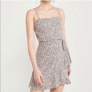 Abercrombie wrap mini dress - xs